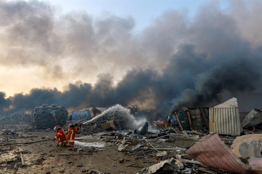 Aumenta a 100 la cifra de muertos y a 4.000 la de heridos por la explosión en Beirut